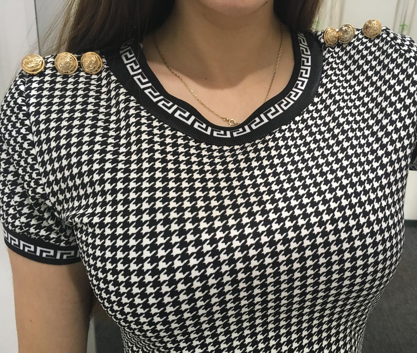 3288ef10bfb7 Dámske elegantné puzdrové šaty s krátkym rukávom